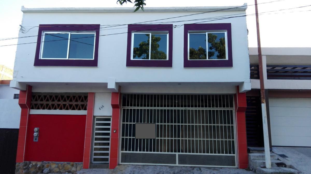 Foto Casa en Venta en  Fraccionamiento Lomas de Guadalupe,  Culiacán  Vendo 2 Departamentos Rentados Col. Lomas de Gpe