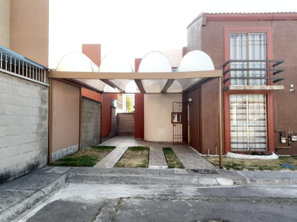 Foto Casa en condominio en Venta en  Lerma ,  Edo. de México  Real Santa Clara II