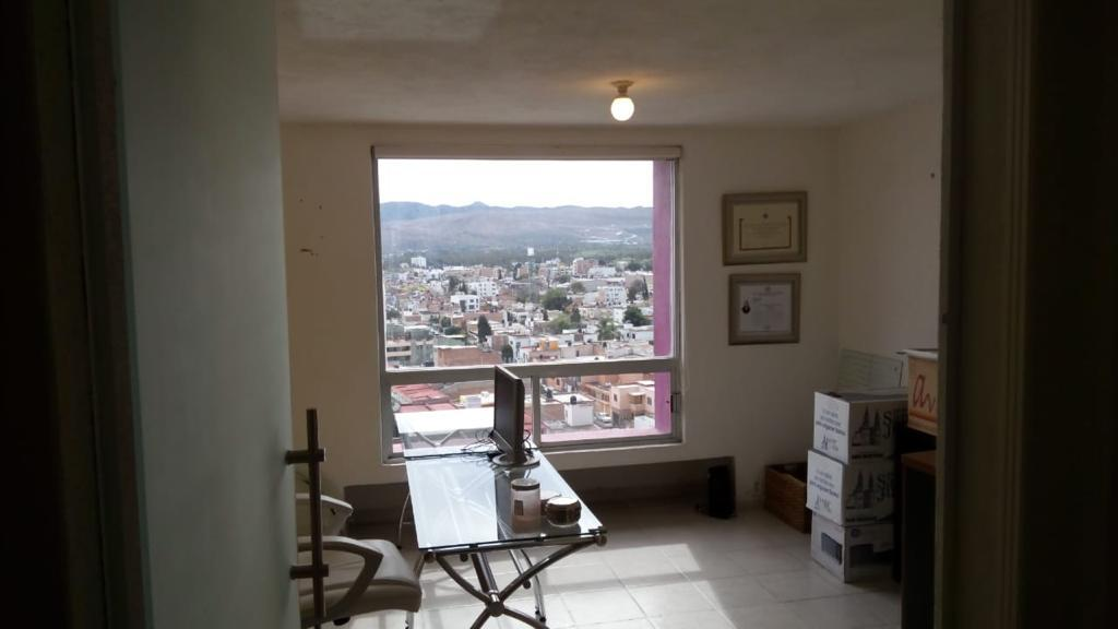 Foto Local en Venta en  Moderna,  San Luis Potosí  CONSULTORIO AMUEBLADO EN VENTA EN COL. MODERNA, SAN LUIS POTOSI