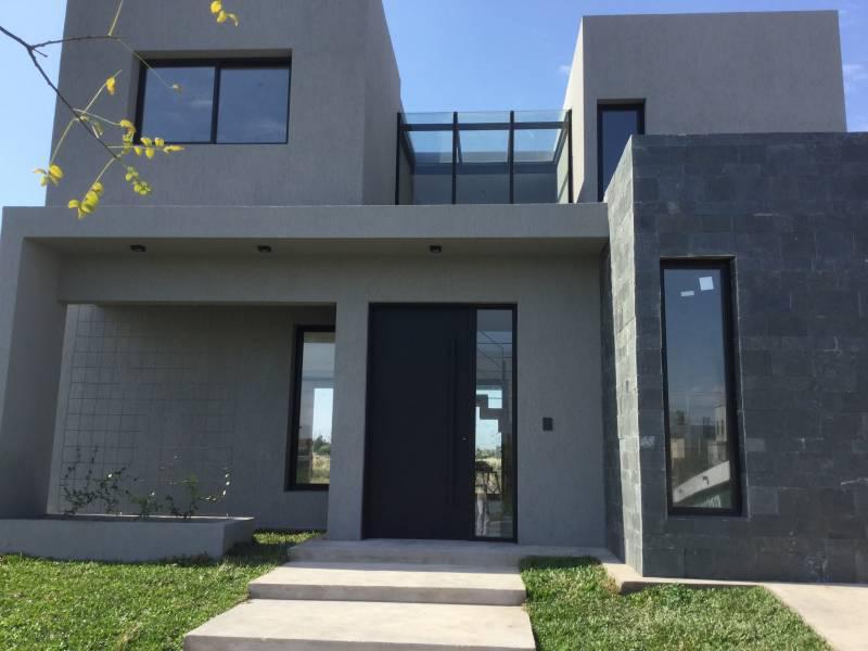 Foto Casa en Venta en  Las Tipas,  Nordelta  Sarmiento 30