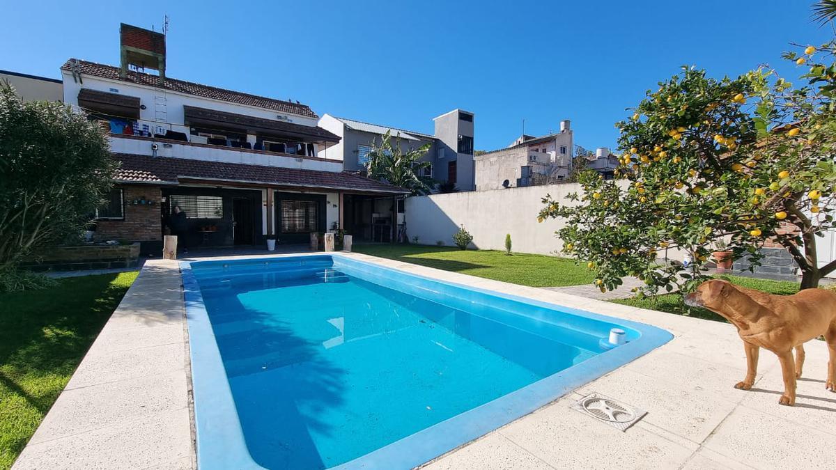Foto Casa en Venta en  Jose Leon Suarez,  General San Martin  La Torre Nº 7300