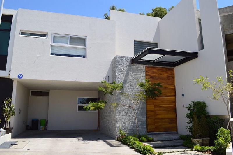 Foto Casa en Venta en  Fraccionamiento Solares,  Zapopan  Paseo Solares 2175, Solares, Zapopan, Jalisco