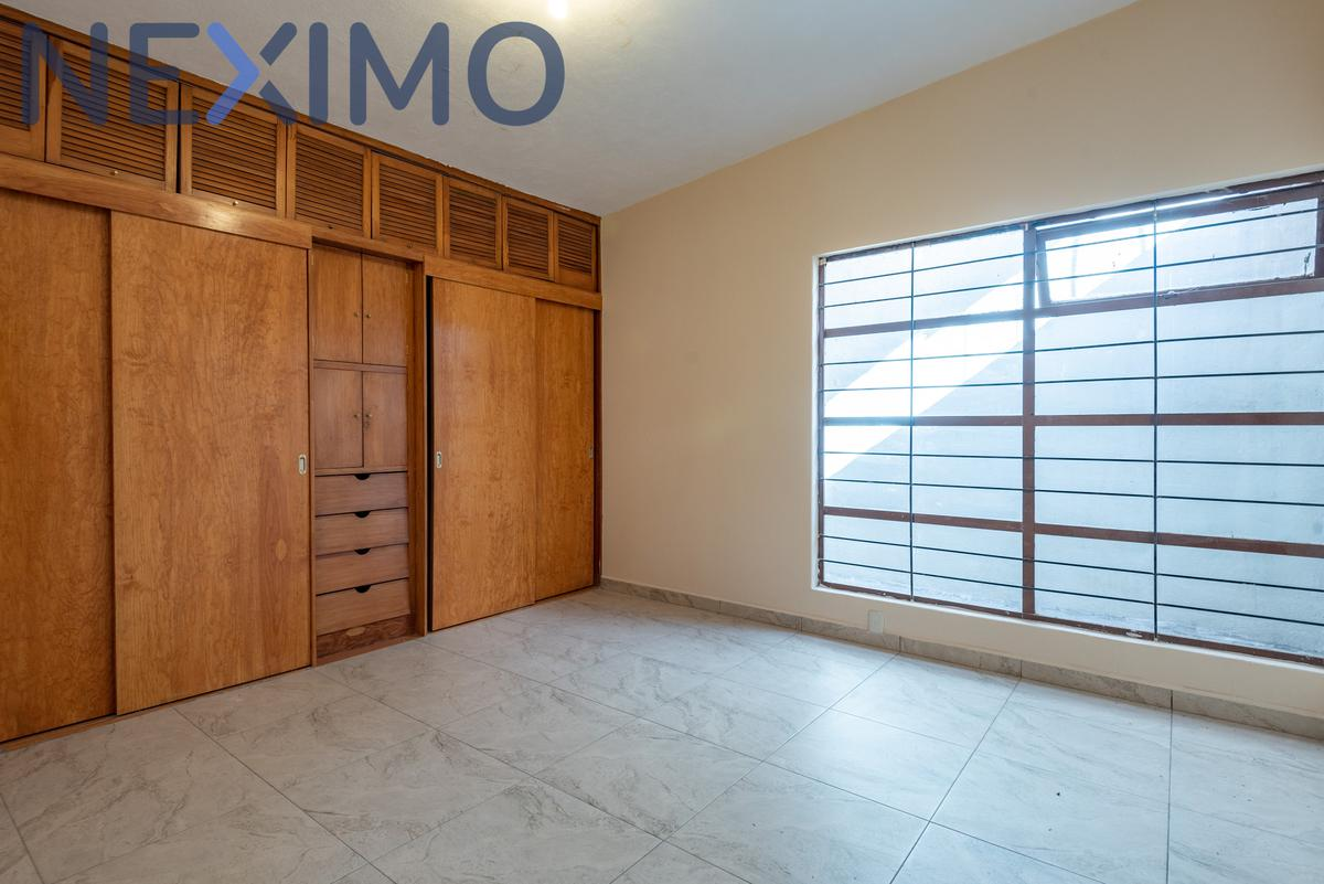Foto Casa en Renta en  Tlalnepantla de Baz ,  Edo. de México  Nuevo León Esqu. Av. Guerrero , Jacarandas