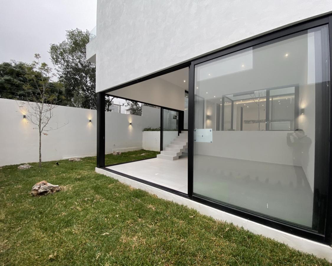 Foto Casa en Venta en  Carretera Nacional,  Monterrey  CASA VENTA SANTA ISABEL CARRETERA NACIONAL