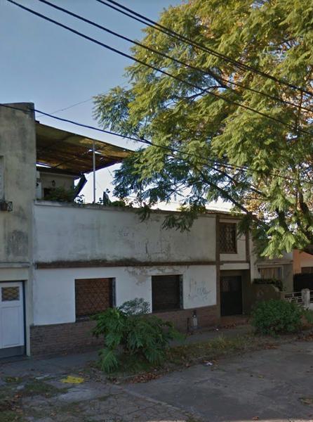 Foto Casa en Venta en  Lomas de Zamora Este,  Lomas De Zamora  Junin al 300
