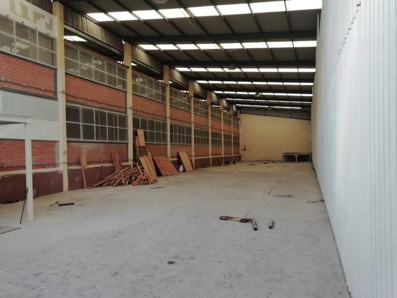 Foto Bodega Industrial en Renta en  Jiutepec ,  Morelos  Jiutepec