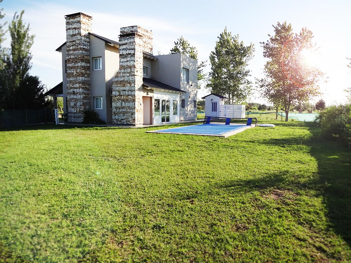 Foto Casa en Venta en  General Pico,  Maraco  El Hornero 14 - Triquelia Golf