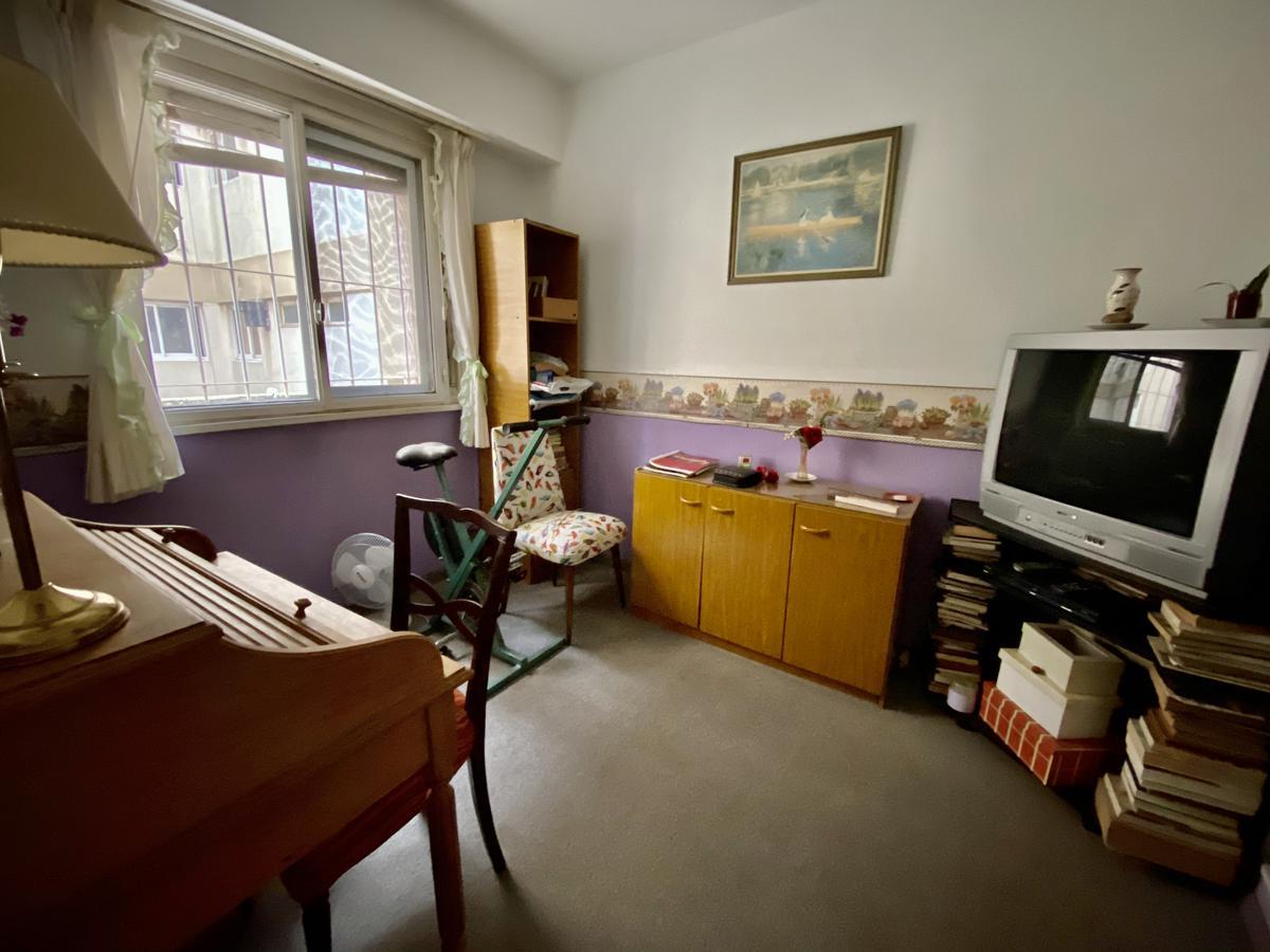 Foto Departamento en Venta en  Olivos,  Vicente Lopez  Juan de Garay al 2200