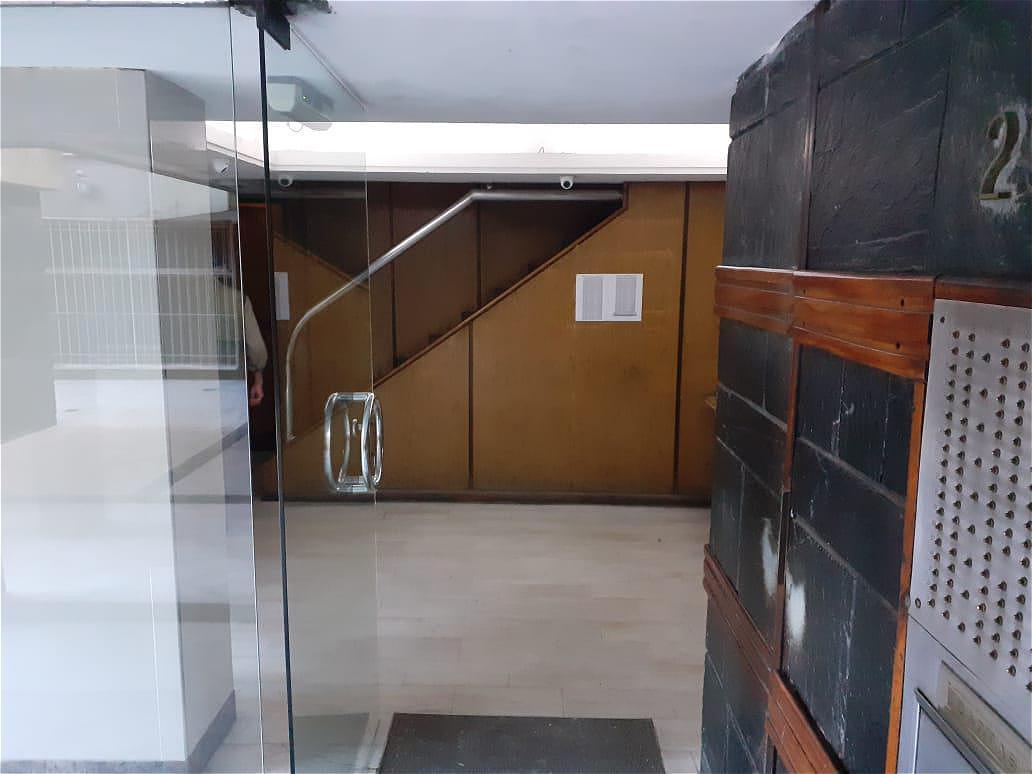Foto Departamento en Venta en  Once ,  Capital Federal  Rivadavia al 2900 2 amb. Sup.  37,17m2. Por m2. 2152.