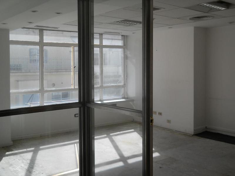 Foto Oficina en Venta en  Centro ,  Capital Federal  SAN MARTIN al 400