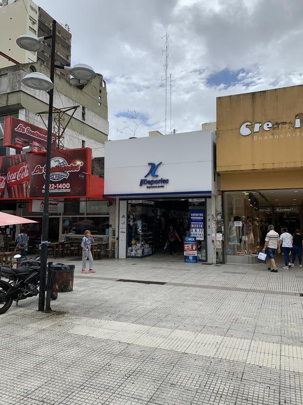 Foto Local en Alquiler en  Lomas de Zamora Oeste,  Lomas De Zamora  LAPRIDA 263