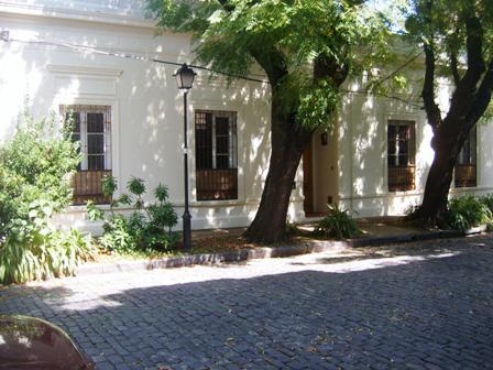 Foto Casa en Alquiler en  San Isidro ,  G.B.A. Zona Norte  RIVADAVIA entre ALMIRANTE BROWN y