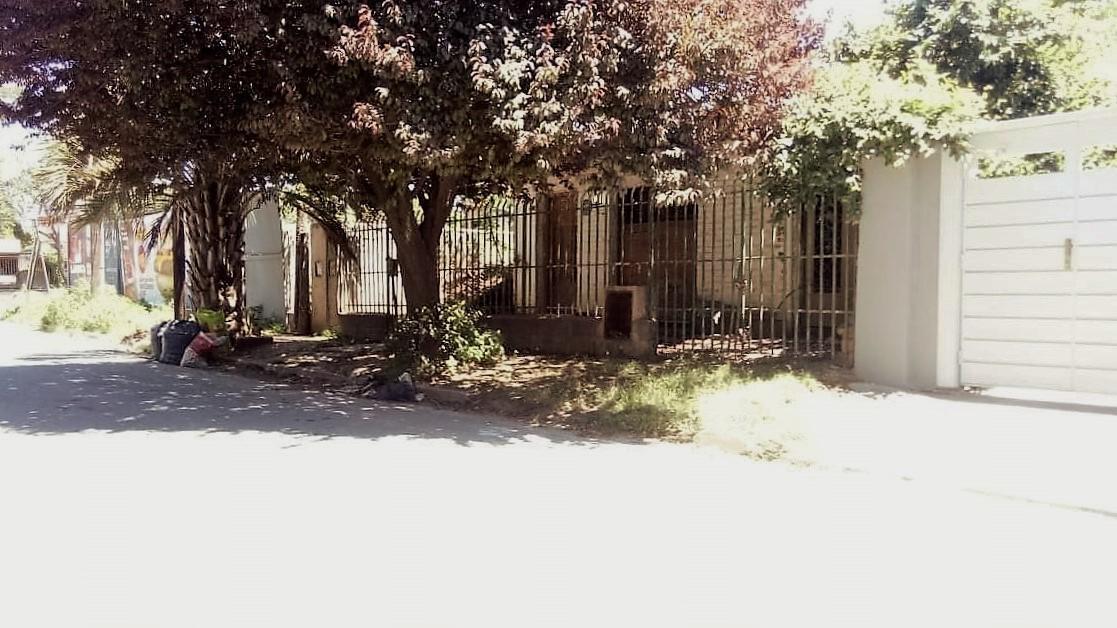 Foto Casa en Venta en  Villa Cornu,  Cordoba  Casita a Refaccionar muy bien ubicada!!!