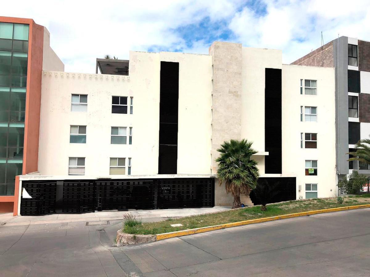 Foto Departamento en Venta en  San Luis Potosí ,  San luis Potosí  HERMOSO DEPARTAMENTO EN VENTA EN LOMAS DEL TEC, SAN LUIS POTOSI