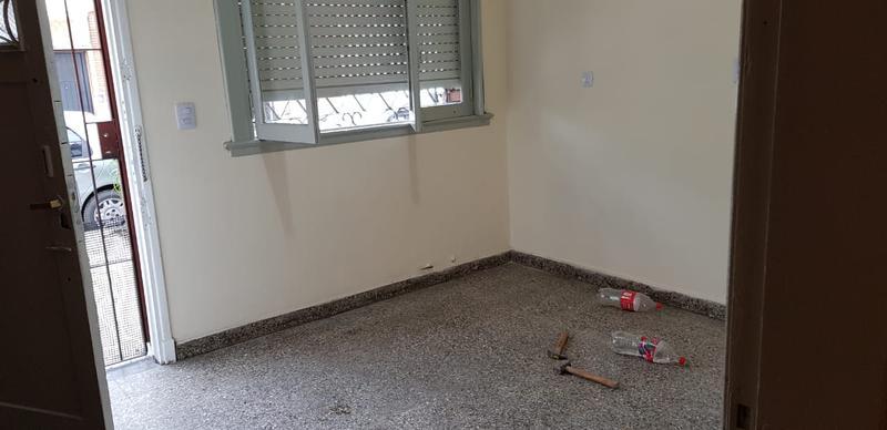 Foto PH en Venta en  Mataderos ,  Capital Federal  Departamento P.H. 2 ambientes en mataderos, al frente con terraza, Justo Suárez al 7.200.