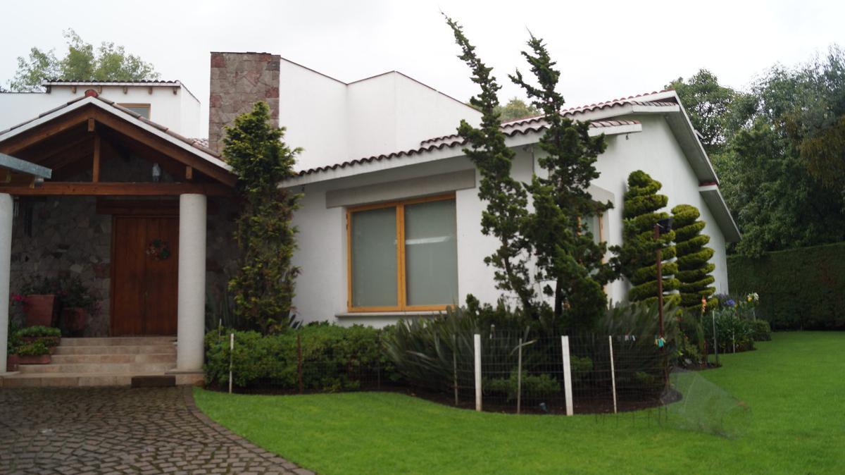 Foto Casa en Venta en  Ex-hacienda Jajalpa,  Ocoyoacac  Casa en Venta en San Martin Ocoyoacac