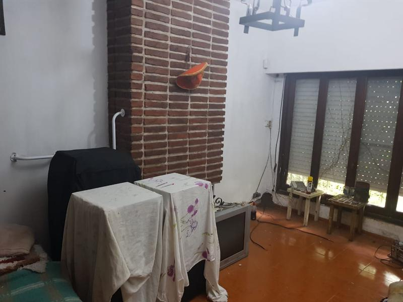 Foto Casa en Venta en  San Miguel,  San Miguel  Libertad al 1200