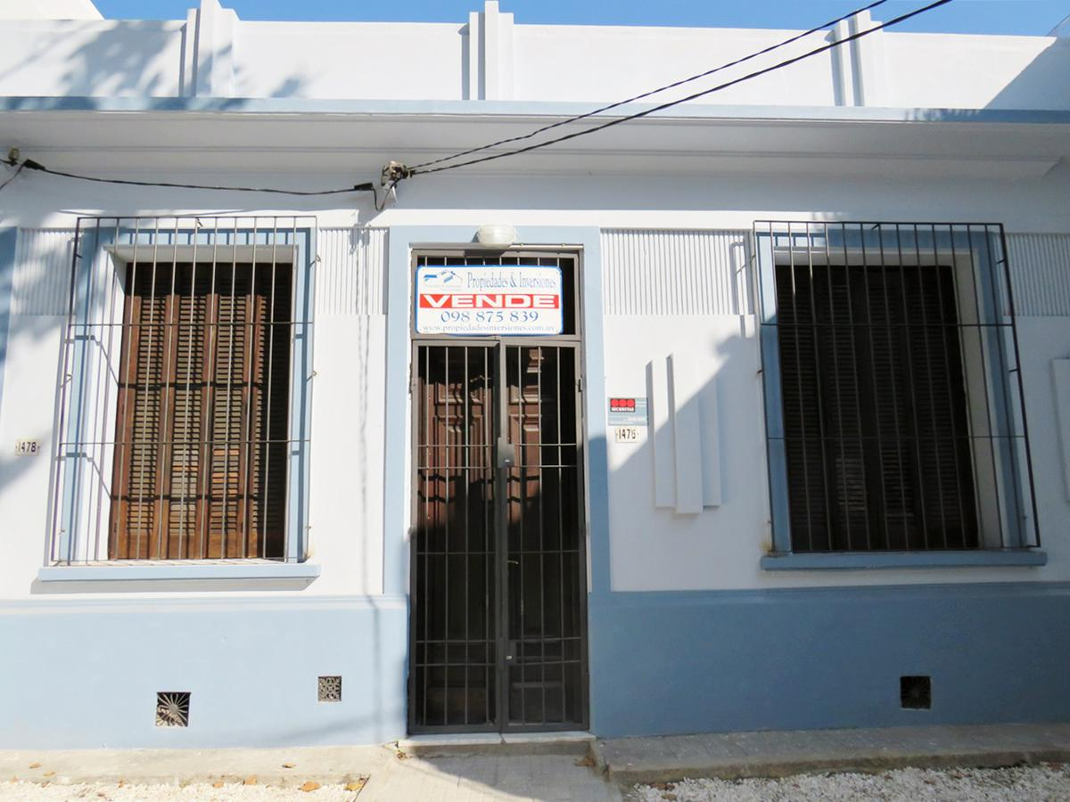 Foto Casa en Venta en  Centro (Montevideo),  Montevideo  La Paz al 1400