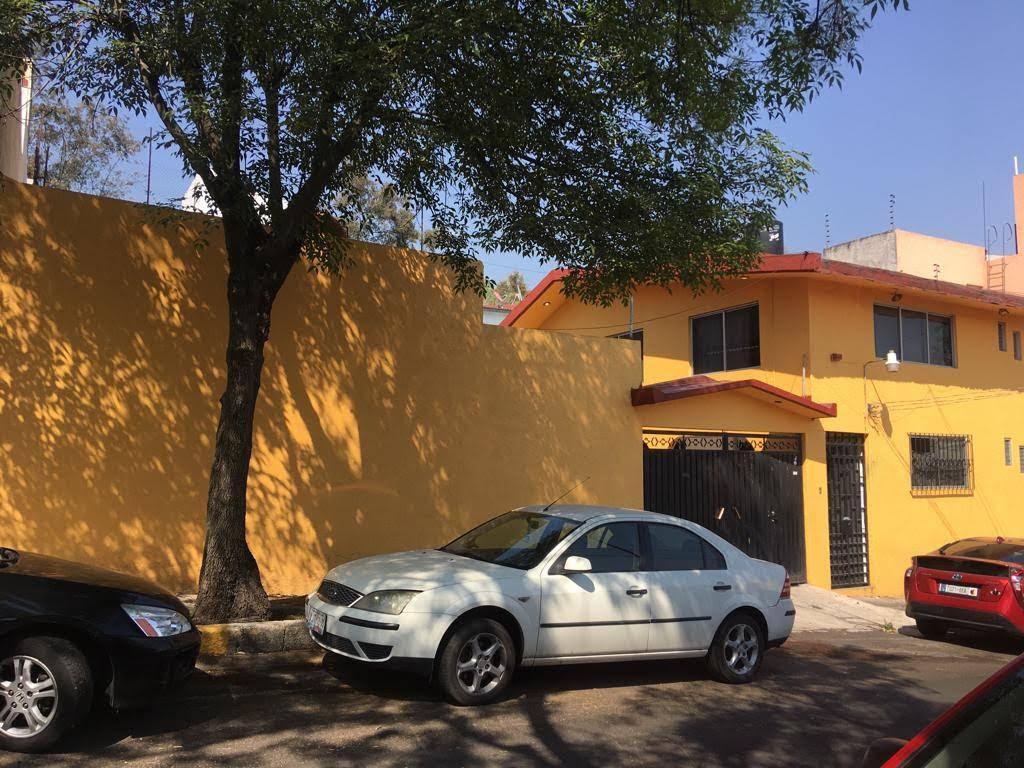 Foto Casa en Venta en  Alvaro Obregón ,  Ciudad de Mexico  Vendo casa en venta de 3 recamaras lomas de tarango en Alvaro Obregon.
