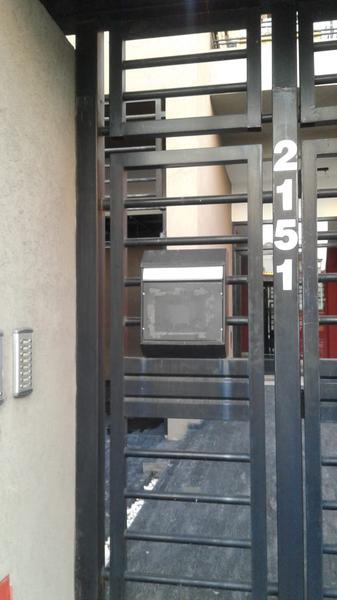 Foto Cochera en Venta | Alquiler en  Lanús Este,  Lanús  Salta al 2100