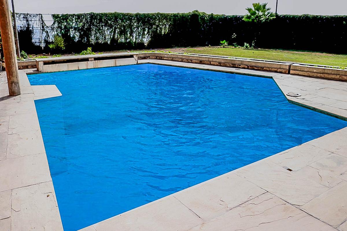Foto Casa en Venta en  Santiago de Surco,  Lima  Calle LA CIMA S/N