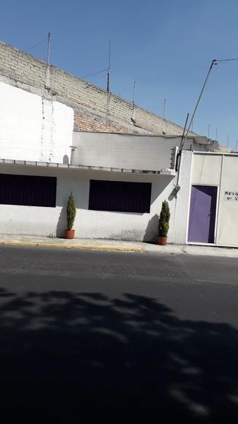 Foto Oficina en Renta en  El Hipico,  Metepec  Oficina en Renta en Metepec
