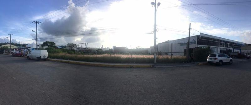 Foto Terreno en Venta en  Fraccionamiento Residencial Monte Magno,  Xalapa  Terreno en venta en Xalapa en la  Central de Abastos (3002.84 m2), PLANO, en esquina y documentación en regla
