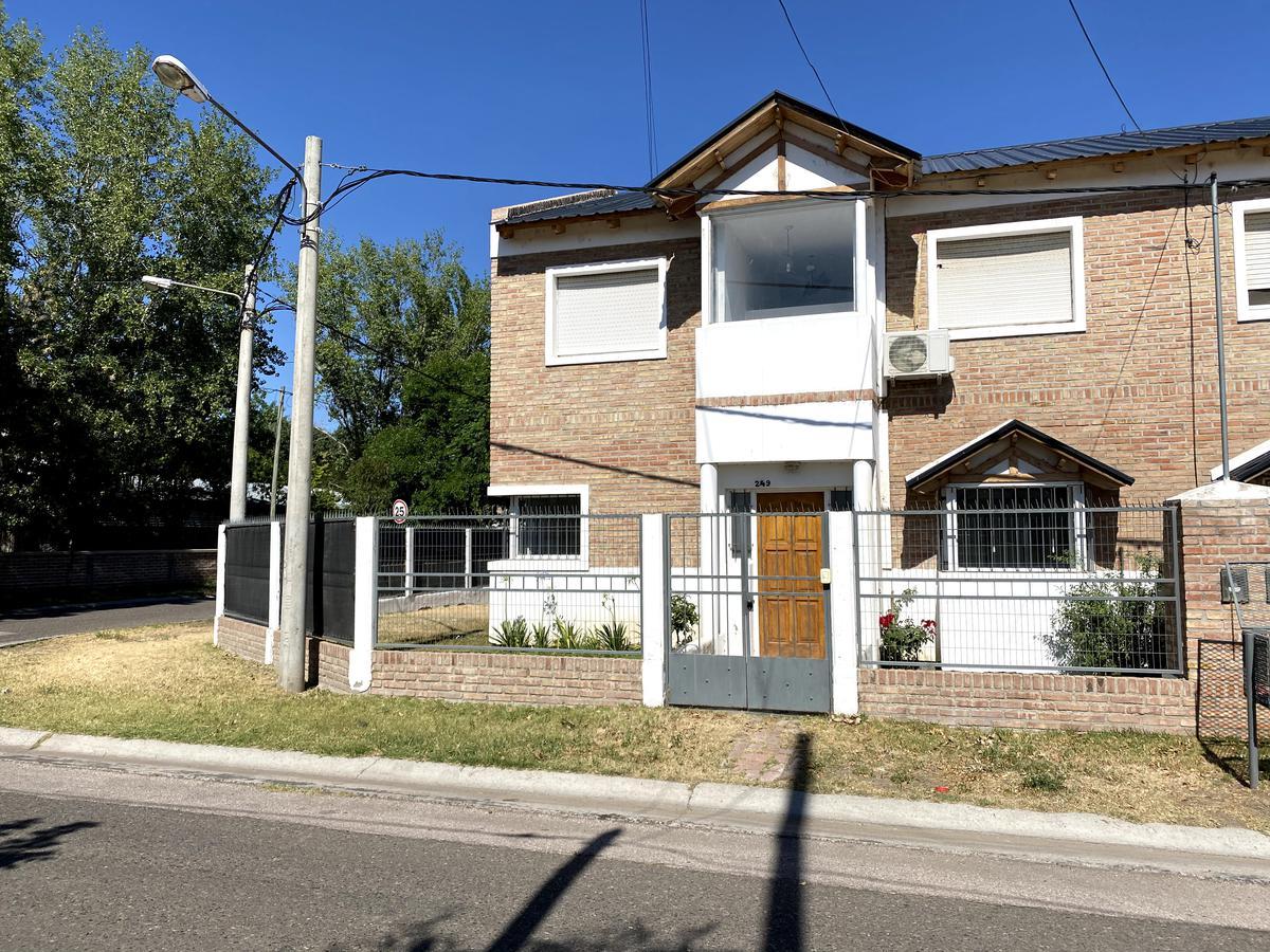 Foto Casa en Alquiler en  Río Grande,  Capital  Pasaje Gutierrez al 200