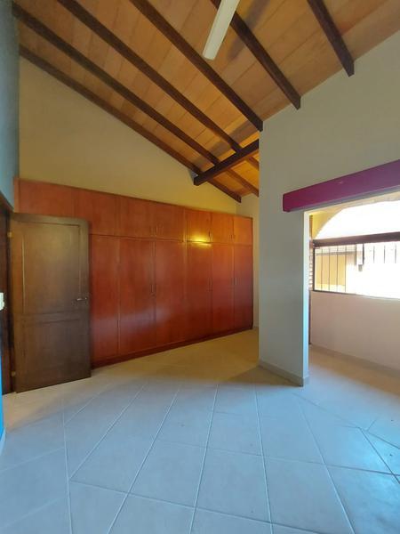 Foto Casa en Alquiler en  Ykua Sati,  La Recoleta  Ykua Sati