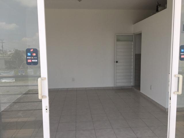 Foto Local en Renta en  Francisco I. Madero,  San Mateo Atenco  LOCALES EN RENTA EN PLAZA COMERCIAL AMY EN TOLUCA