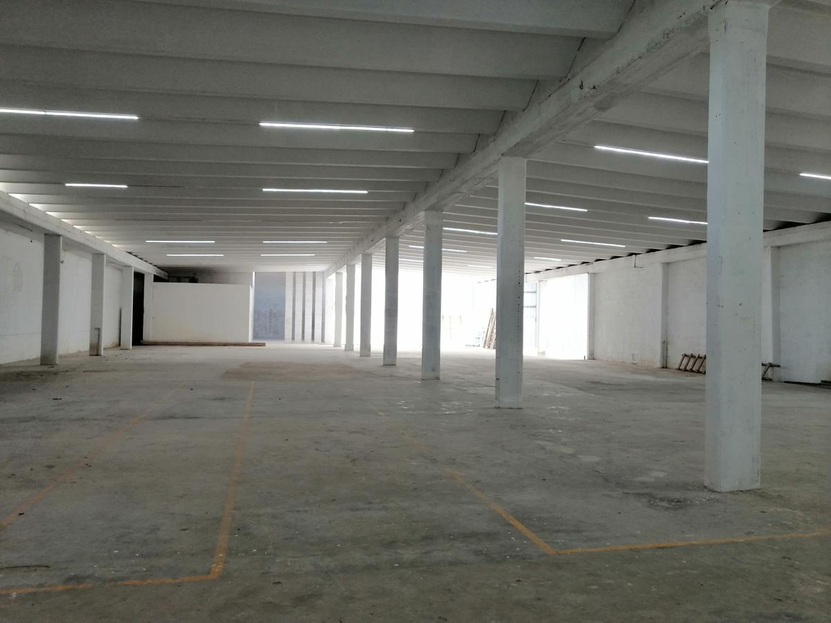 Foto Nave Industrial en Renta en  Umán ,  Yucatán  Bodega de 1,700 m2 Con Oficinas en Zona Industrial Umán, Yuc.