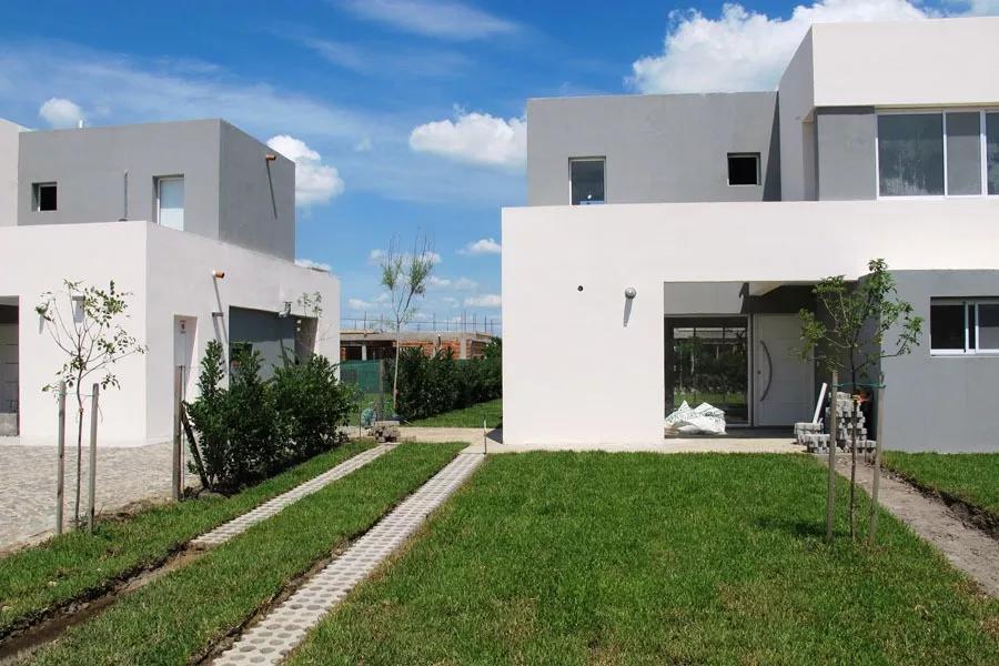 Foto Casa en Venta en  Casas de San Patricio,  Villanueva          Anticipo y 60 cuotas. Casa en venta en Casas San Patricio 2 dorms galeria y parrilla