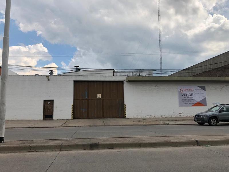 Foto Galpón en Venta en  Centro De Lujan,  Lujan  Carlos Pellegrini Nº 1425-1465