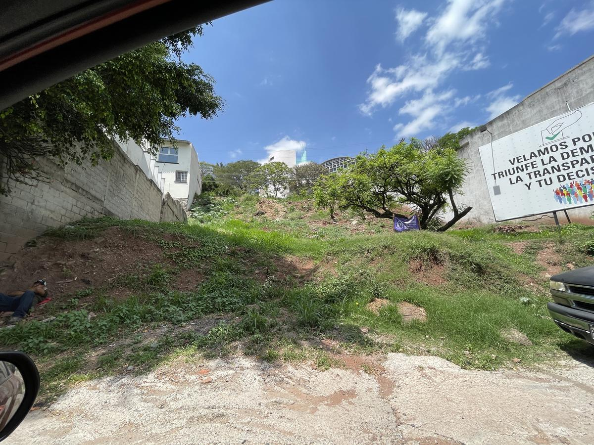 Foto Campo en Venta en  Lomas del Guijarro,  Tegucigalpa  Terreno Comercial en Venta Lomas del Guijarro