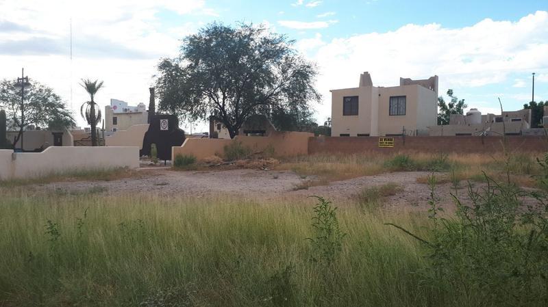 Foto Terreno en Venta |  en  Fraccionamiento Oasis Santa Fe,  Hermosillo  TERRENO 338 M2 AFUERA DE OASIS SANTA FE