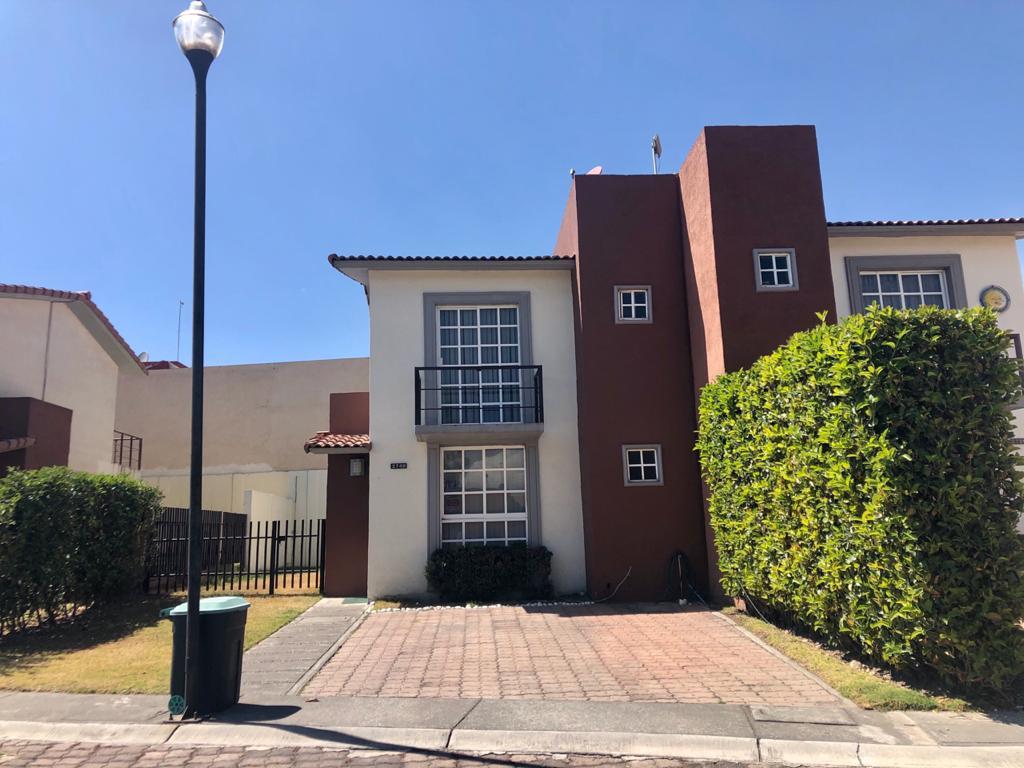 Foto Casa en condominio en Renta en  Villas del Campo,  Calimaya  Privada Avellanas