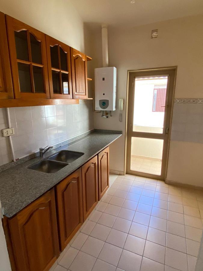 Foto Departamento en Alquiler en  Cordoba Capital ,  Cordoba  Venta y Media al 5100