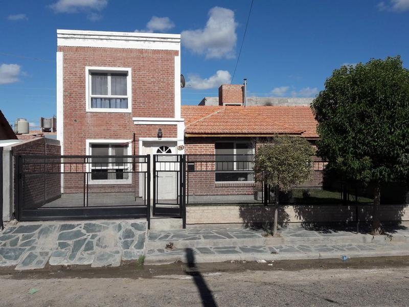 Foto Casa en Venta en  Trelew ,  Chubut  Patricias Argentinas 35