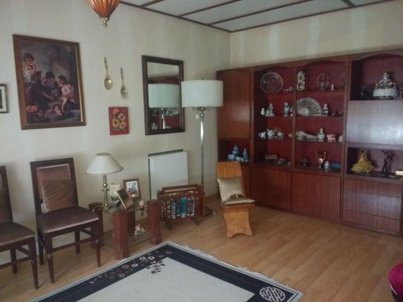 Foto Casa en Venta en  Castelar,  Moron  Cadiz al 2800