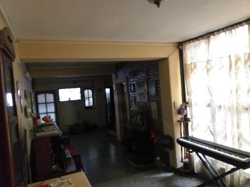 Foto Casa en Venta en  San Miguel De Tucumán,  Capital  Pje Marconi al 100