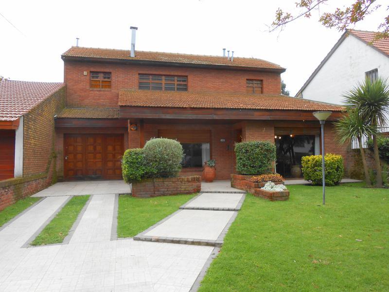 Foto Casa en Alquiler en  San Jerónimo,  Mar Del Plata  Rejón entre Andrade y Daireaux