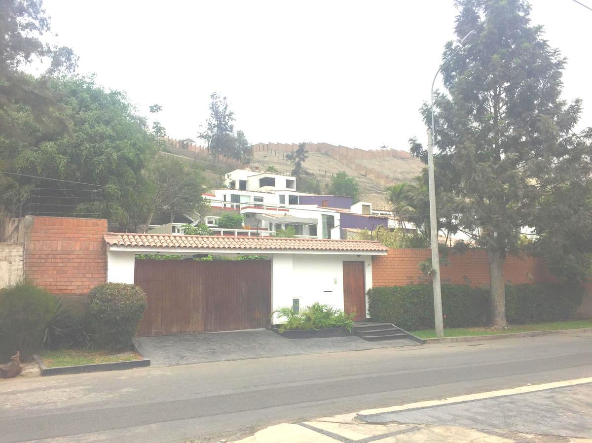 Foto Terreno en Venta en  La Molina,  Lima  Calle las Delicias