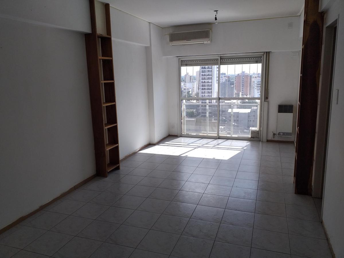 Foto Departamento en Alquiler en  Ramos Mejia,  La Matanza  Av. Rivadavia al 13900