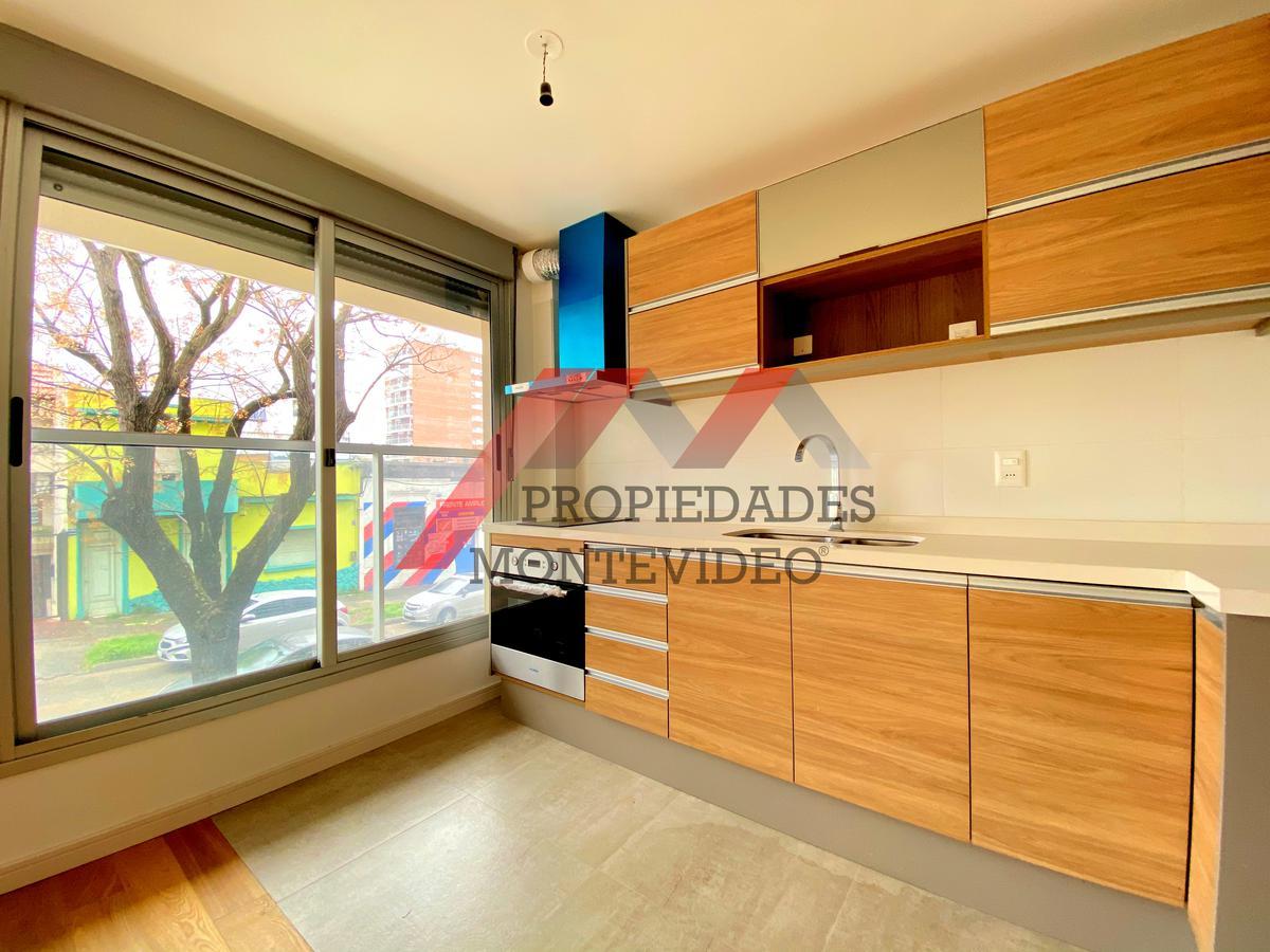 Foto Apartamento en Alquiler en  Pocitos ,  Montevideo  Pocitos, Osorio al 1200