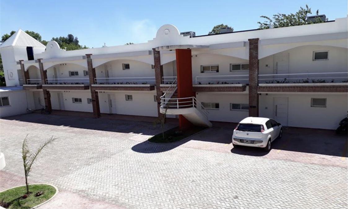Foto Departamento en Venta en  Las Campanillas,  Pilar  campanillas al 200