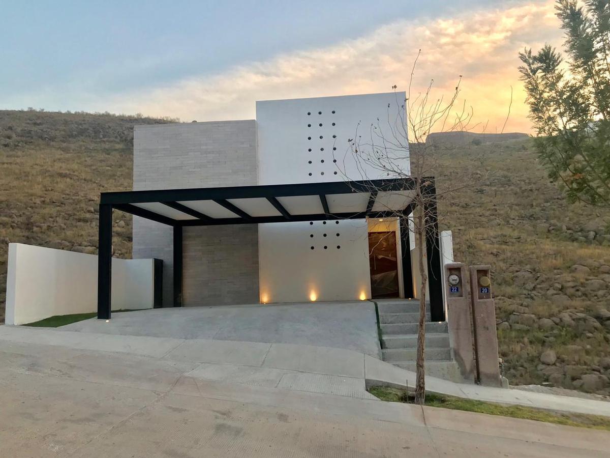 Foto Casa en Venta en  Monterra,  San Luis Potosí  CASA EN VENTA EN FRACCIONAMIENTO MONTERRA, SAN LUIS POTOSI