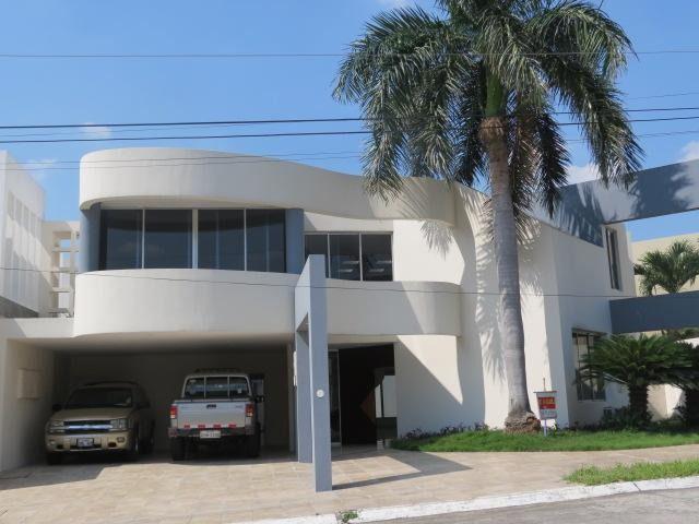 Foto Casa en Alquiler en  Norte de Guayaquil,  Guayaquil  Rento Linda Casa en Olivos con piscina