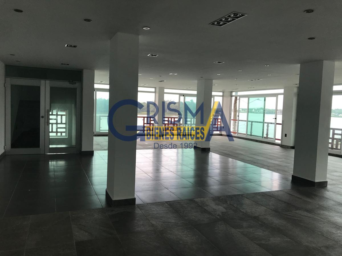 Foto Edificio Comercial en Renta |  en  Tuxpan ,  Veracruz  OFICINAS EN EXCELENTE UBICACIÓN SOBRE EL BOULEVARD
