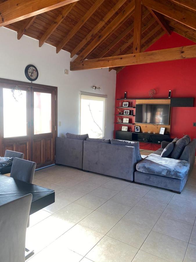 Foto Casa en Venta en  San Lucas,  Countries/B.Cerrado (Escobar)  San Lucas