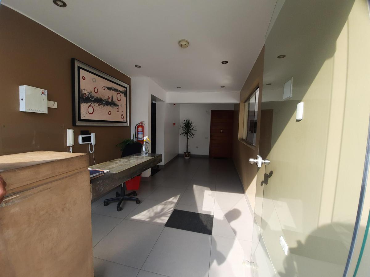 Foto Departamento en Alquiler | Venta en  Santiago de Surco,  Lima  Jiron Tampumachay